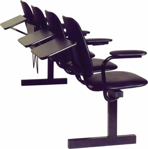 секция стульев с пюпитром